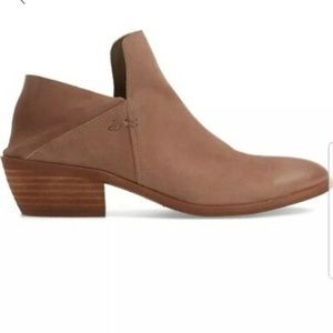 EUC Sam Edelman leather booties